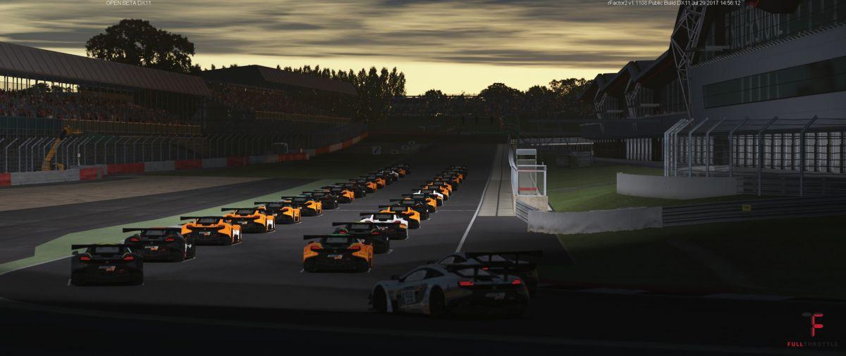 Pełny grid McLarenów GT3.