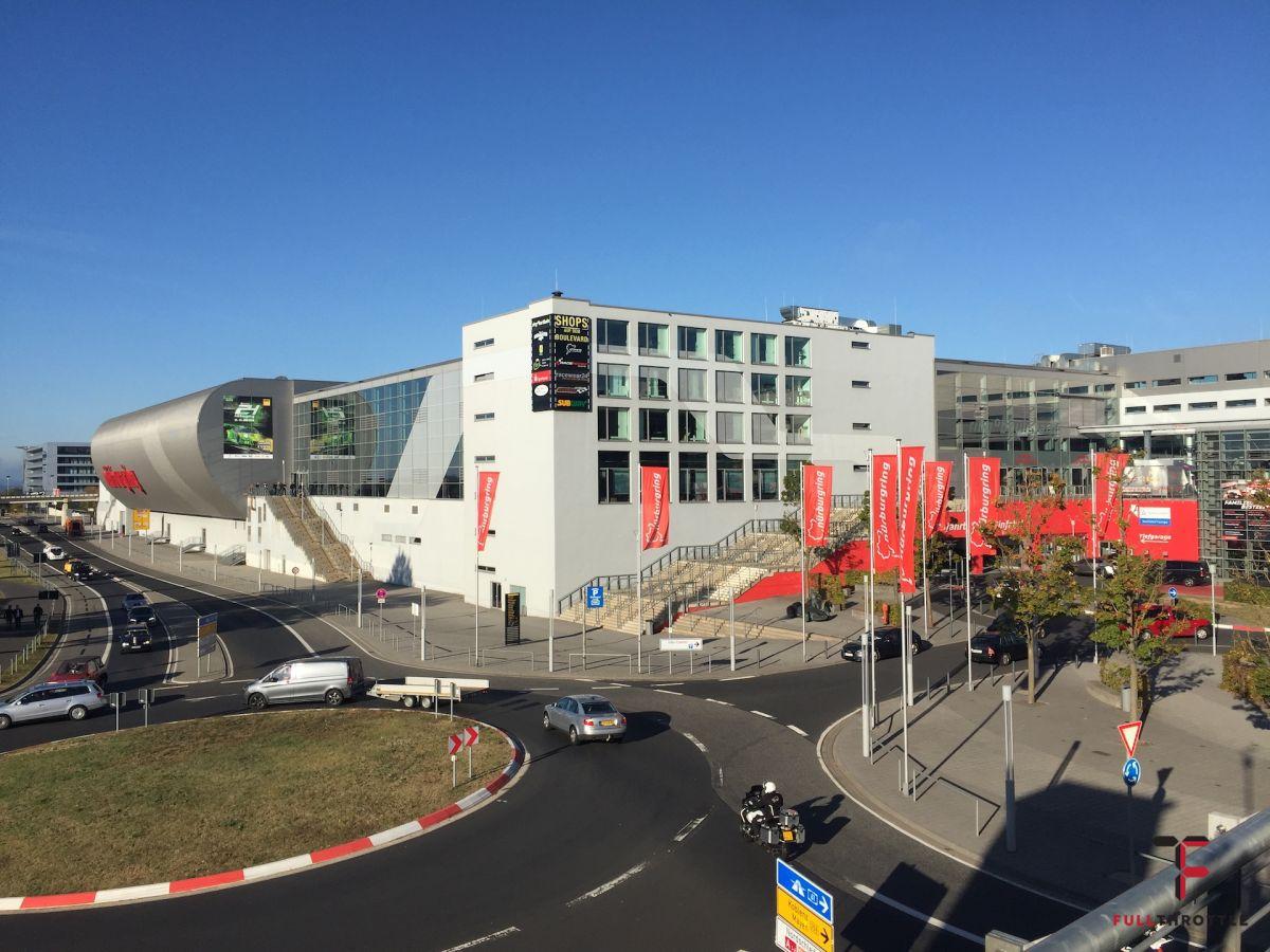 Wejście na targi Simracing Expo 2018