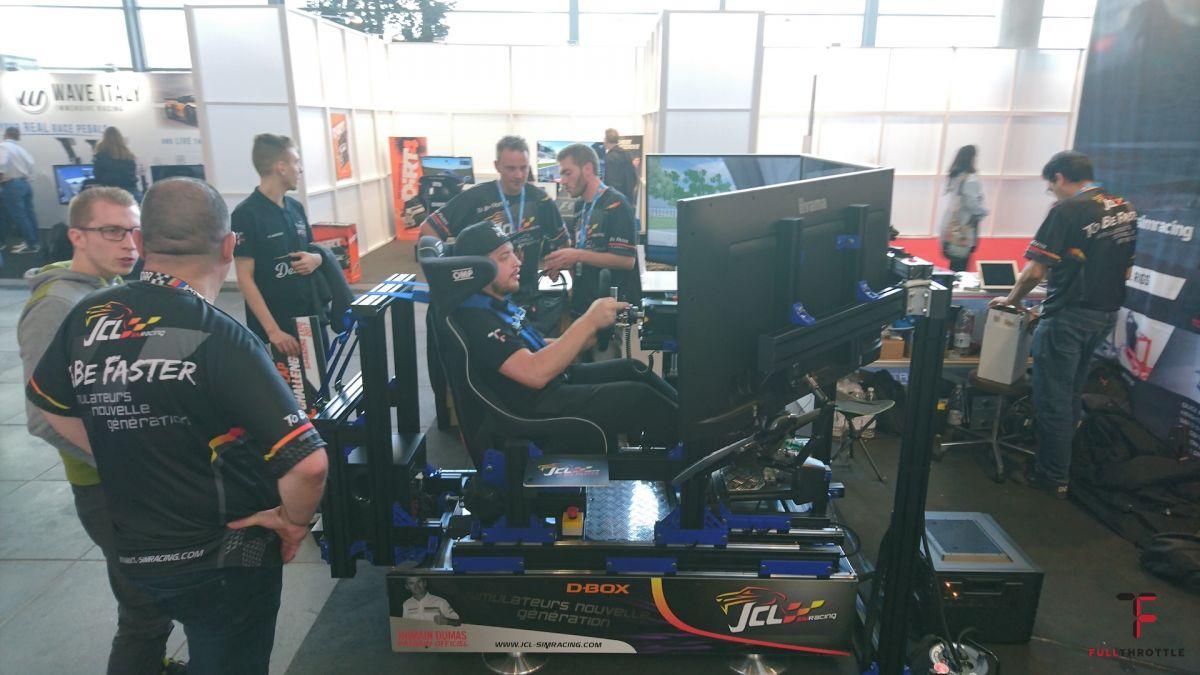 Wojciech Osadowski, SimRacing for Poland testuje symulator od JCL Sim Racing Simulator.